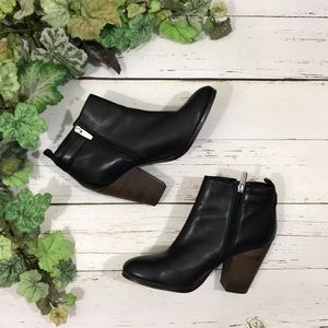 Coach Hewes Black Leather Ankle Booties 8